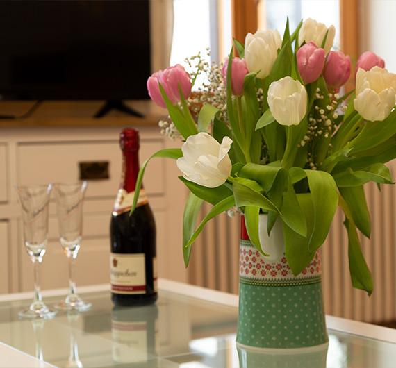 Wein auf einem Tisch
